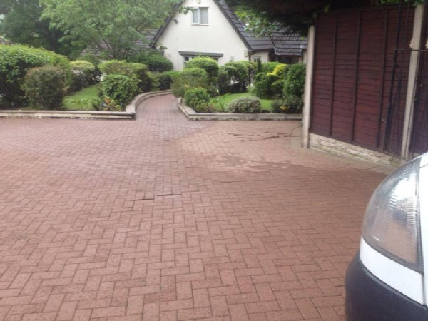 Block Paving cleaning and sealing New Winter Sealers Available...